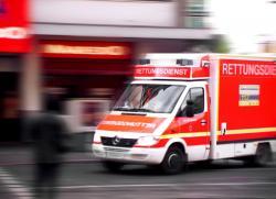 Krankenwagen Ambulanz Rettungswagen Unfall